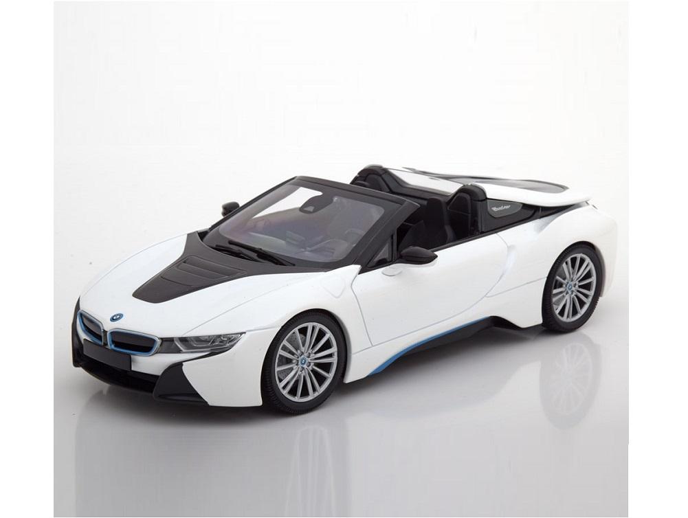 18_155027031_BMW_i8_Roadster_a