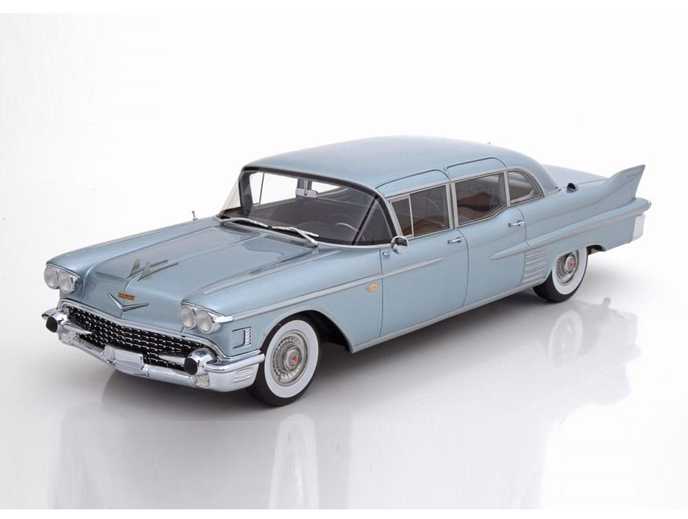 18_BoS385_Cadillac_Fleetwood75_1958_a