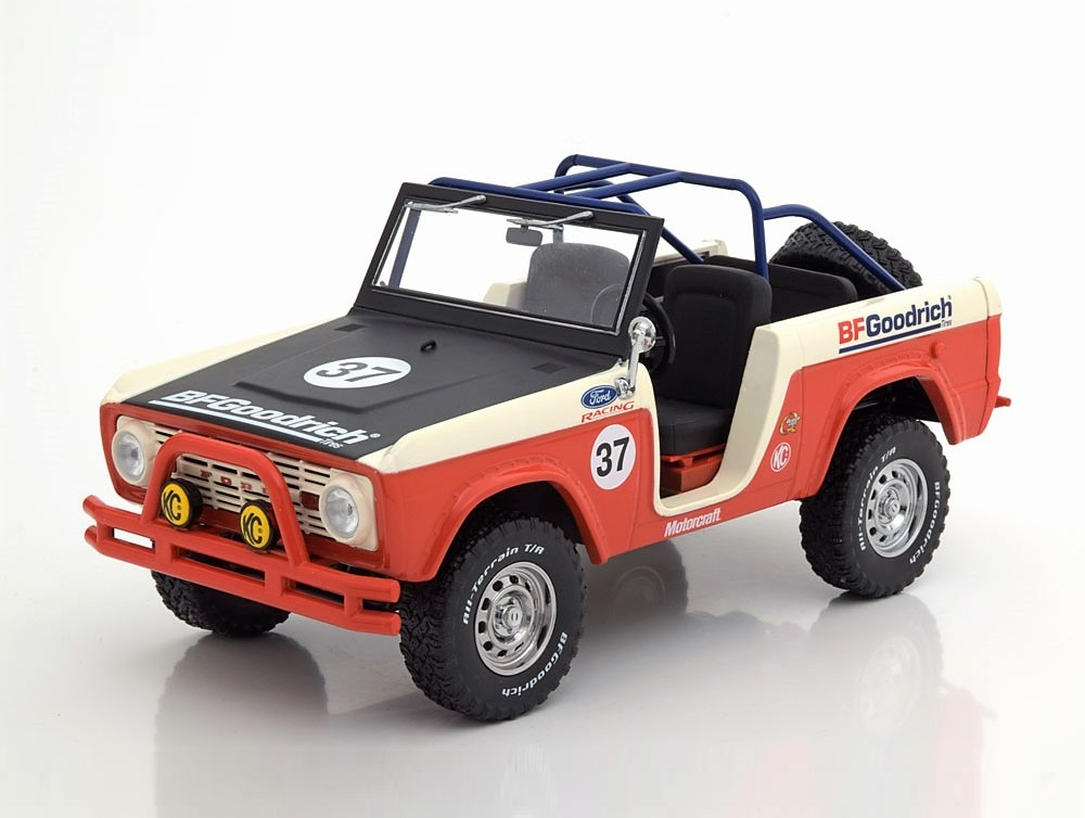 18_Greenlight_Ford_Bronco_Baja_a