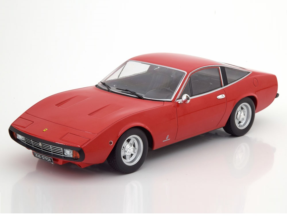 18_KKDC180281_Ferrari_365_GTC4_a