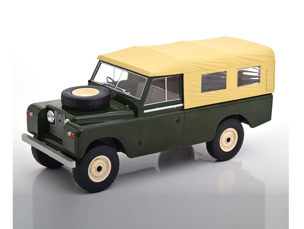 18_MCG18118_Land_Rover_Series2_SoftTop_a