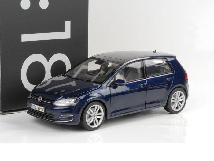 18_Norev_Volkswagen_Golf_VII_a