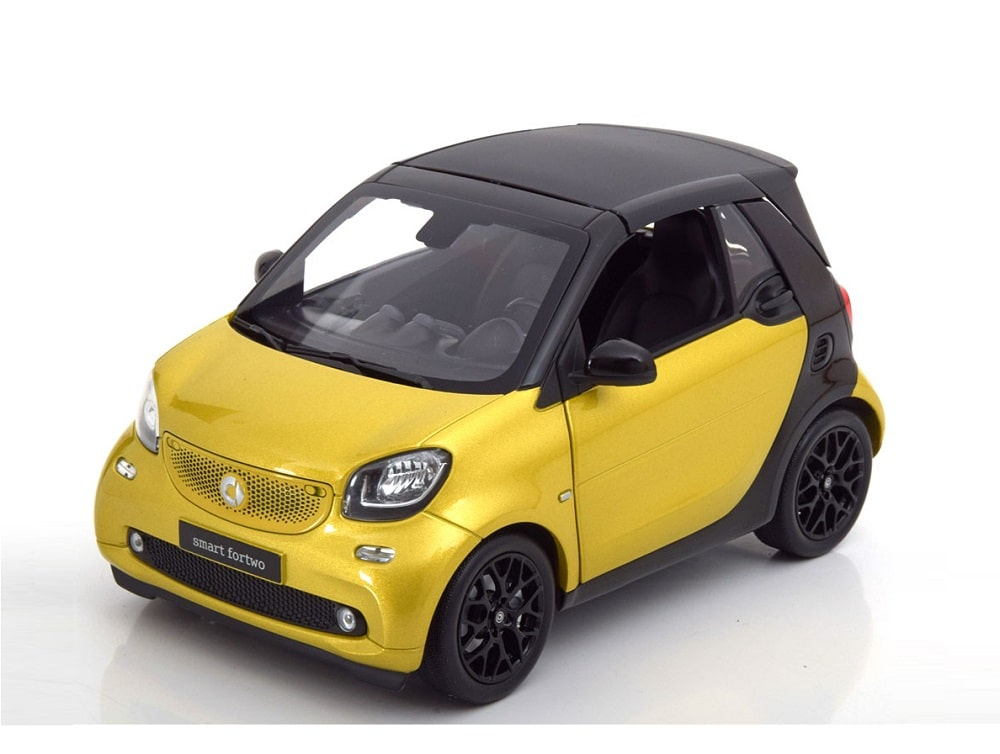 18_Smart_ForTwo_Norev_2014_a
