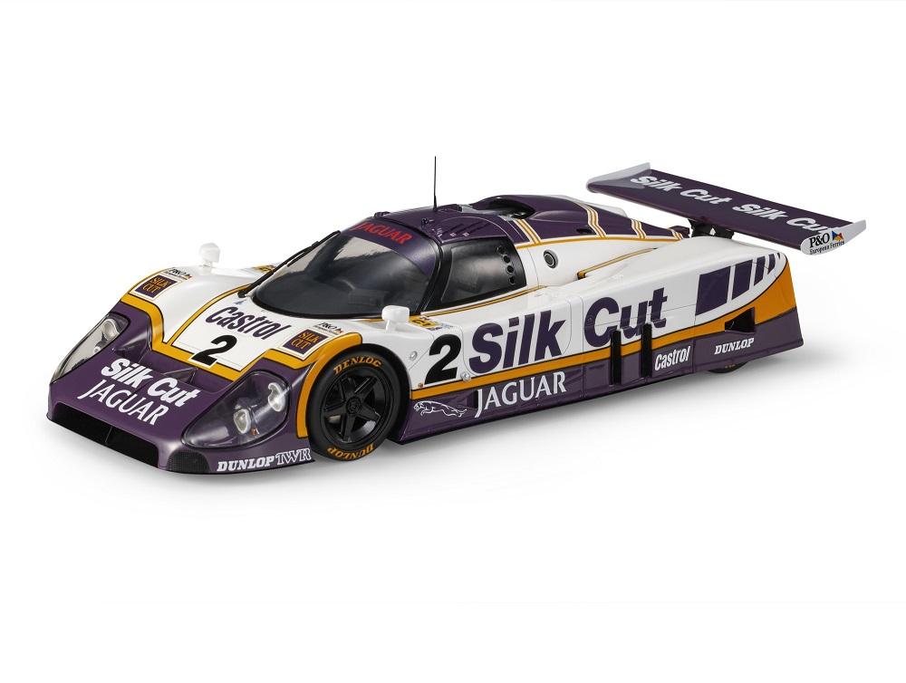18_TOP101A_Jaguar_XJR9_Le_Mans_Winner_a