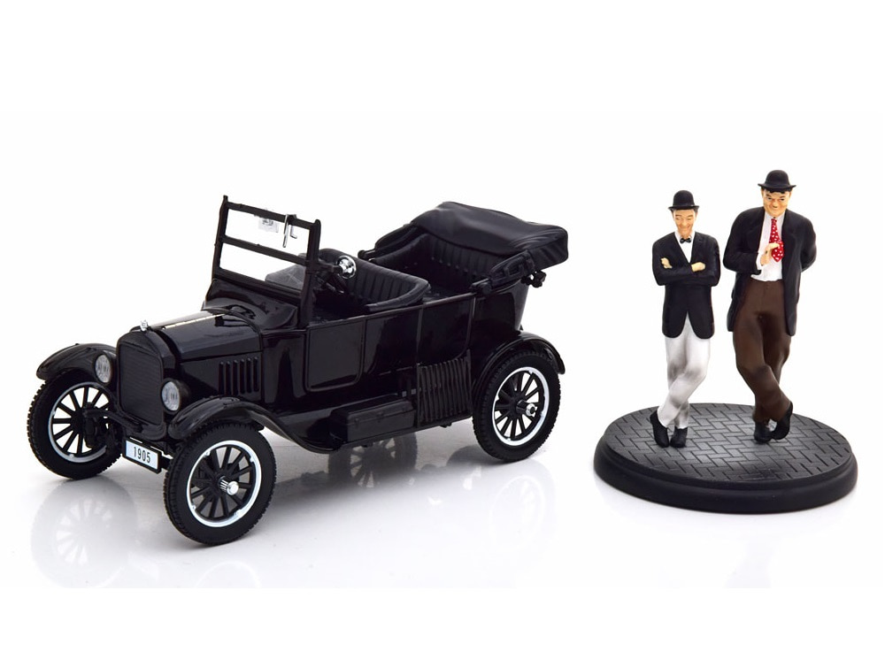 24_Ford_Model_A_Laurel&Hardy_a