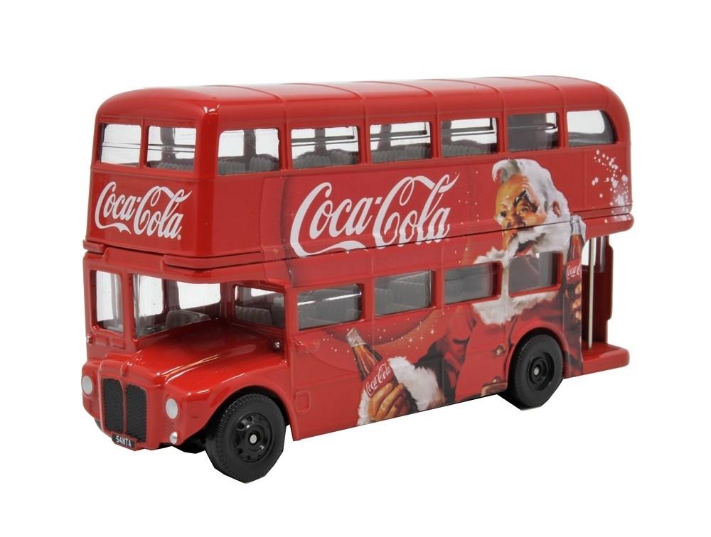 36_AEC_RM_Christmas_Bus_a