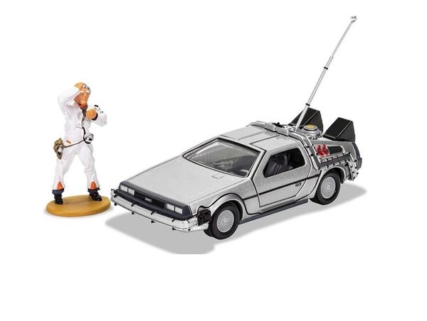 36_CC05503_DeLorean_Doc_Brown_a