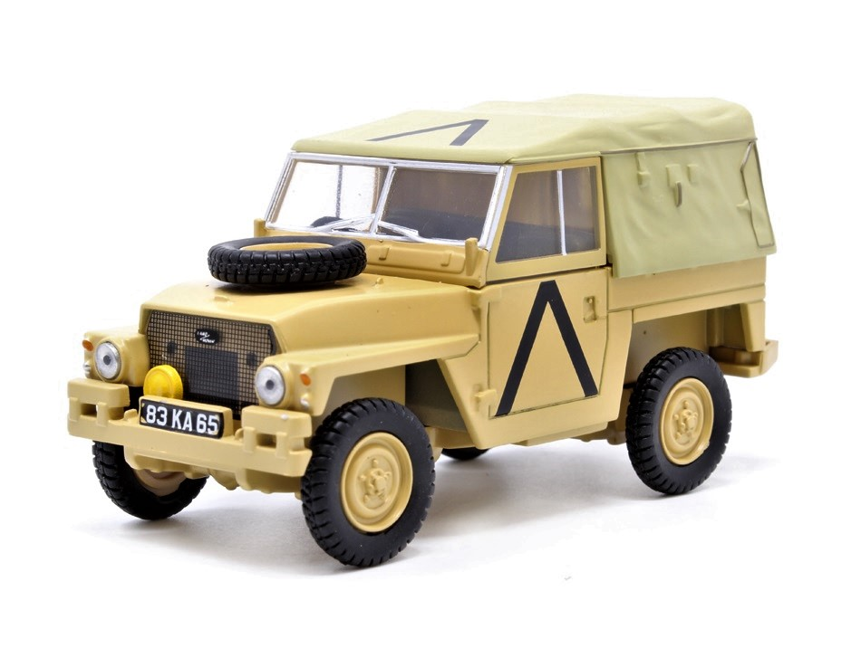 43LRL008_Land_Rover_Gulf_War_a