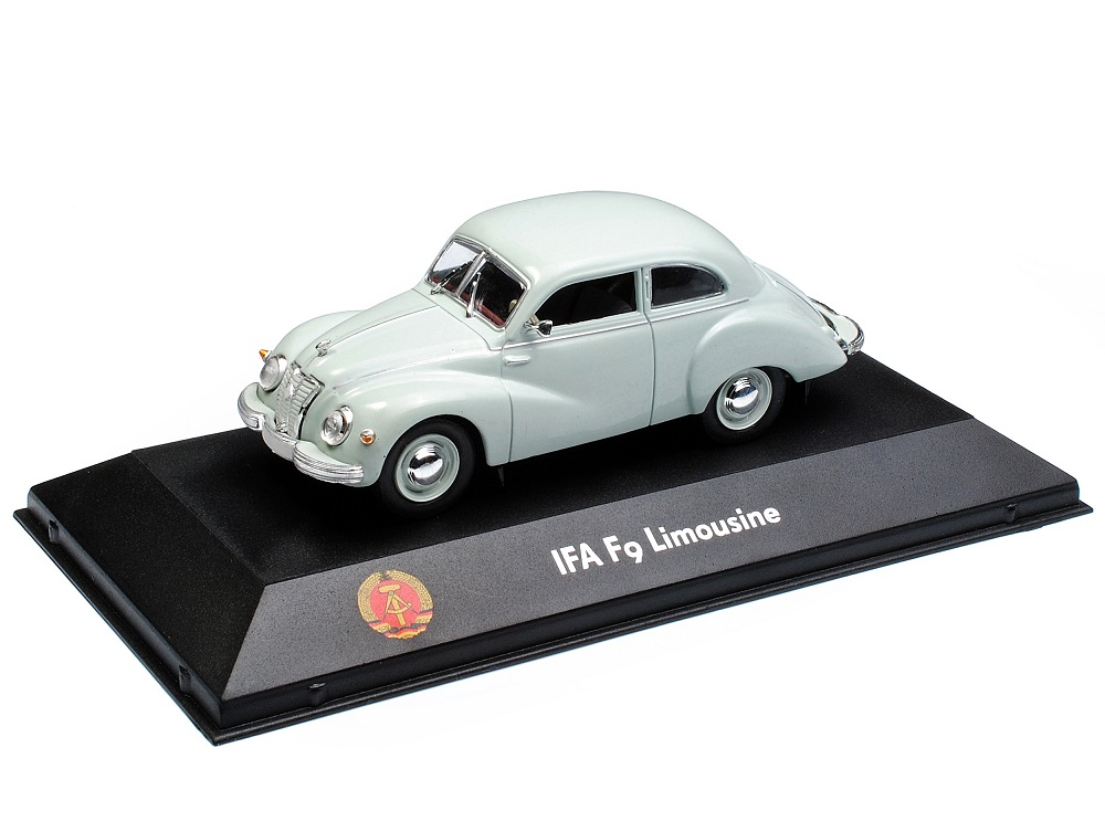 43_Atlas_7230017_IFA_F9_Limousine_