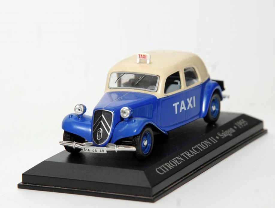 43_Citroen _Traction_11_Saigon_Taxi_a