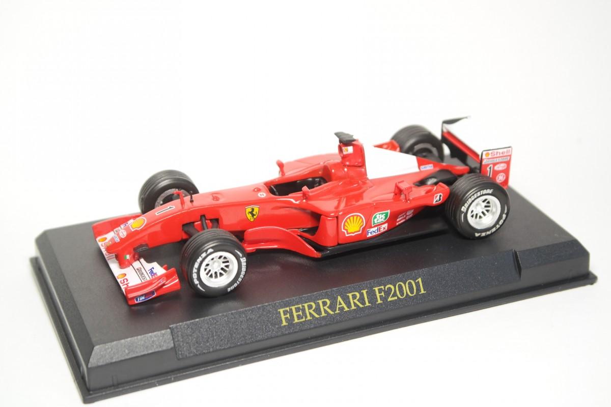 43_Ferrari_F2001_Altaya_a