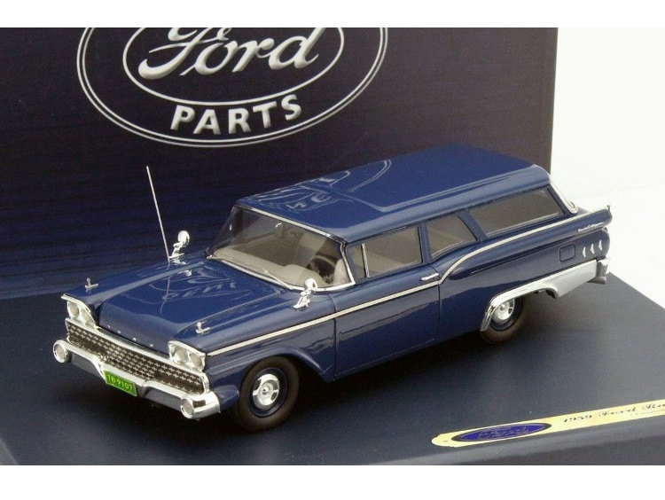 43_Ford_Ranch_Wagon_1959_a