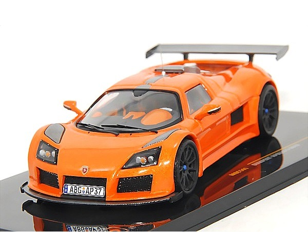 43_Gumpert_Apollo_S_2010_a