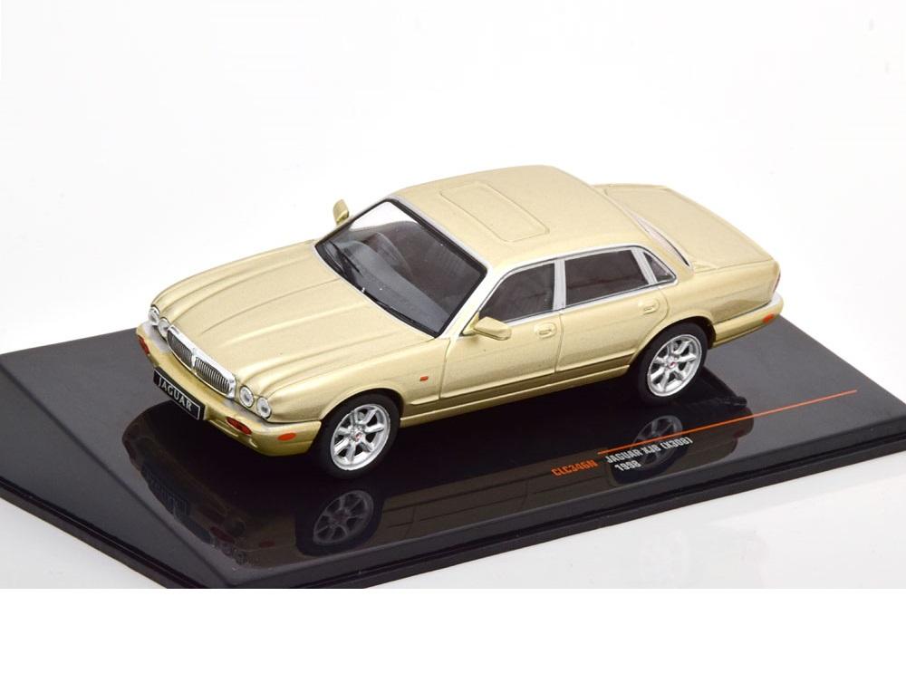 43_IXO_CLC346N_Jaguar_XJ8_1998_a