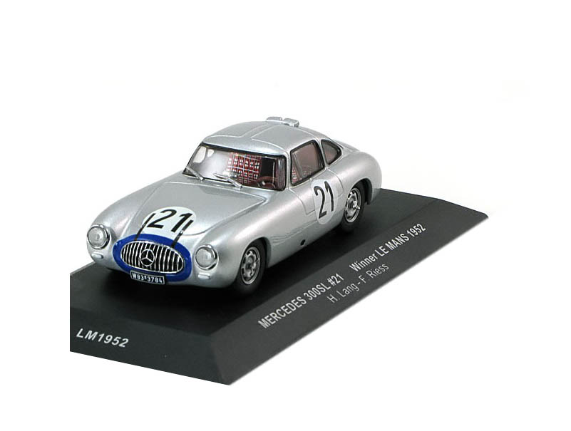43_IXO_LM1952_Mercedes_300SL_1952_a
