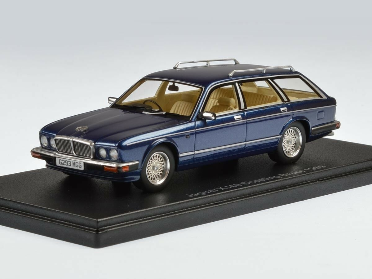 43_Jaguar_XJ40_Shooting_Brake_a