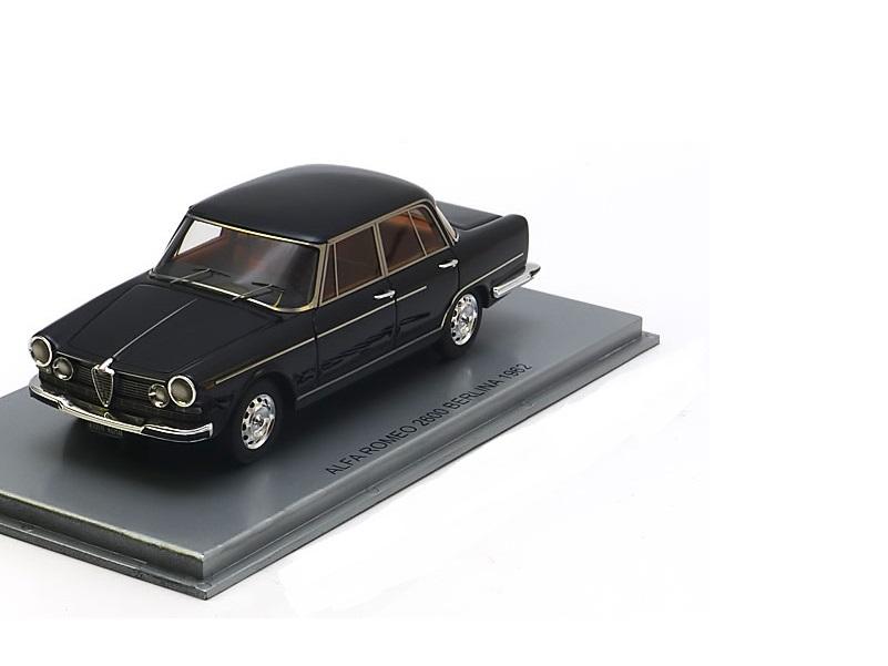 43_KE43000171_Alfa_Romeo_2600_Berlina_a