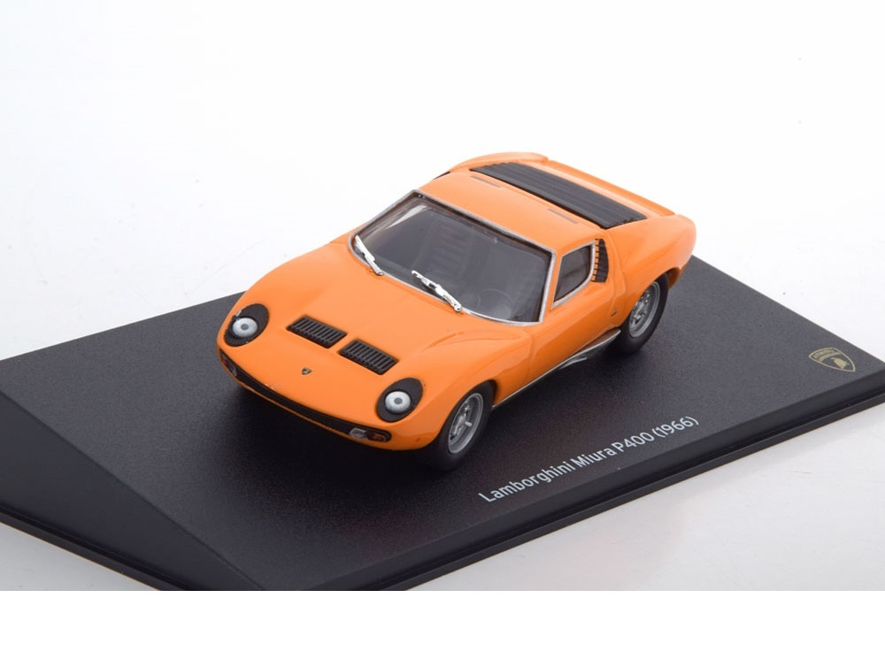 43_Leo_Lamborghini_P400_Miura_1966_a