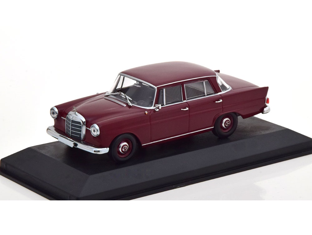 43_Maxichamps_Mercedes_190_1961_a'