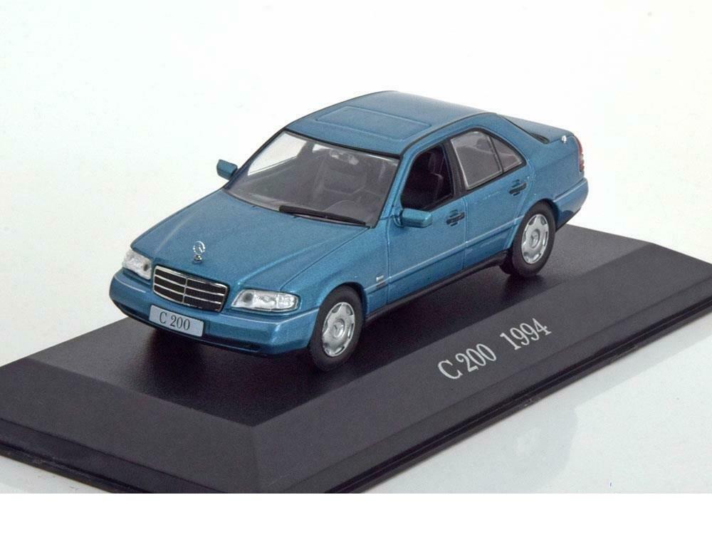 43_Mercedes_Benz_C200_W202_a