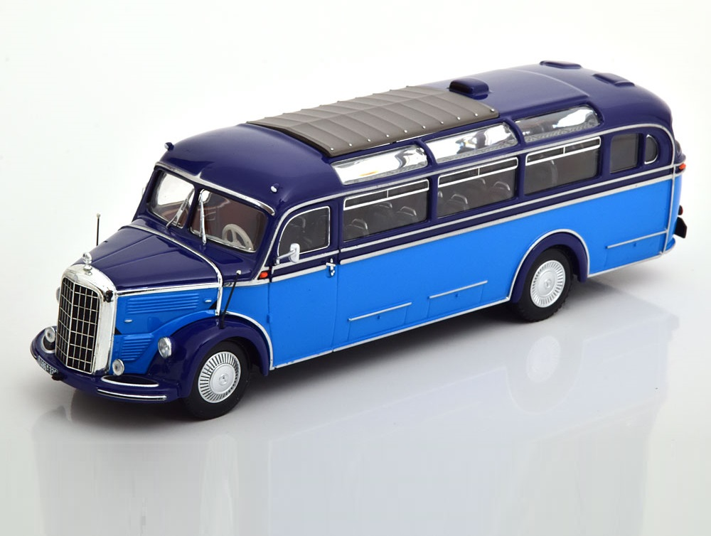 43_Minichamps_439360011_MB_O3500_1982_a