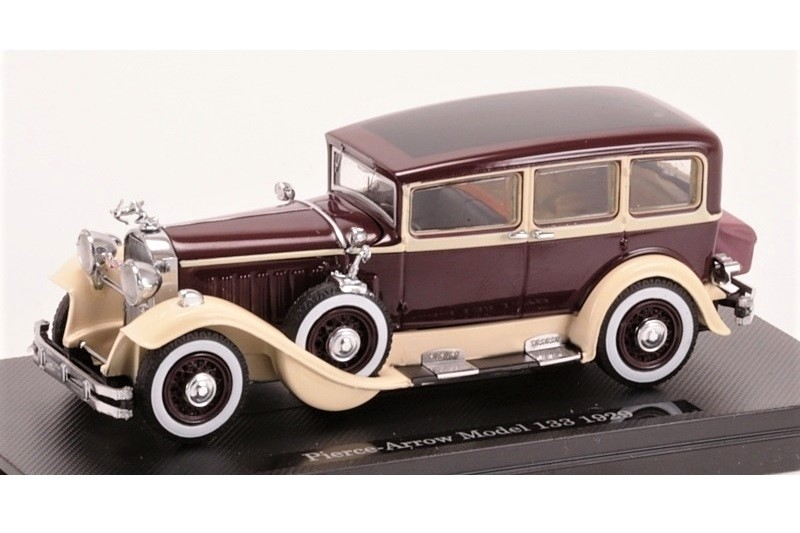 43_Pierce_Arrow_Model_133_aa