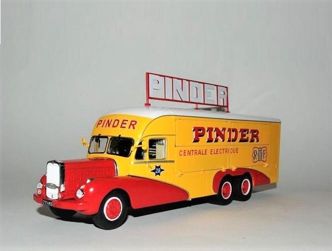 43_Pinder_Van_a