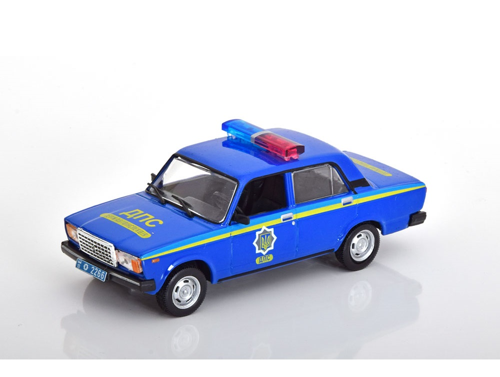43_Police_VAZ_2107_a