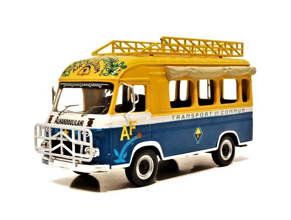 43_Renault_Goelette_Taxi_Dakar_a