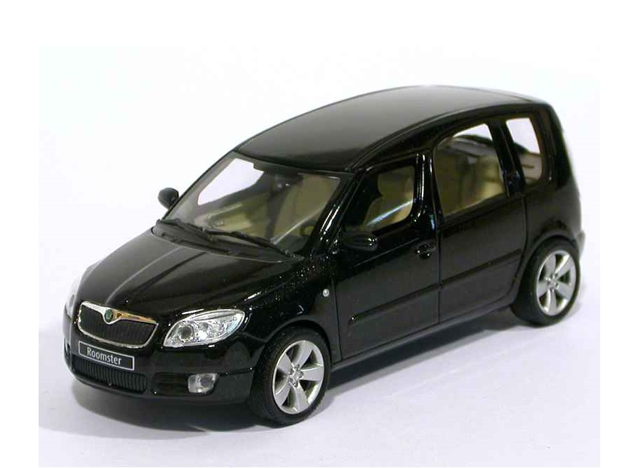 43_Skoda_Roomster_2006_a