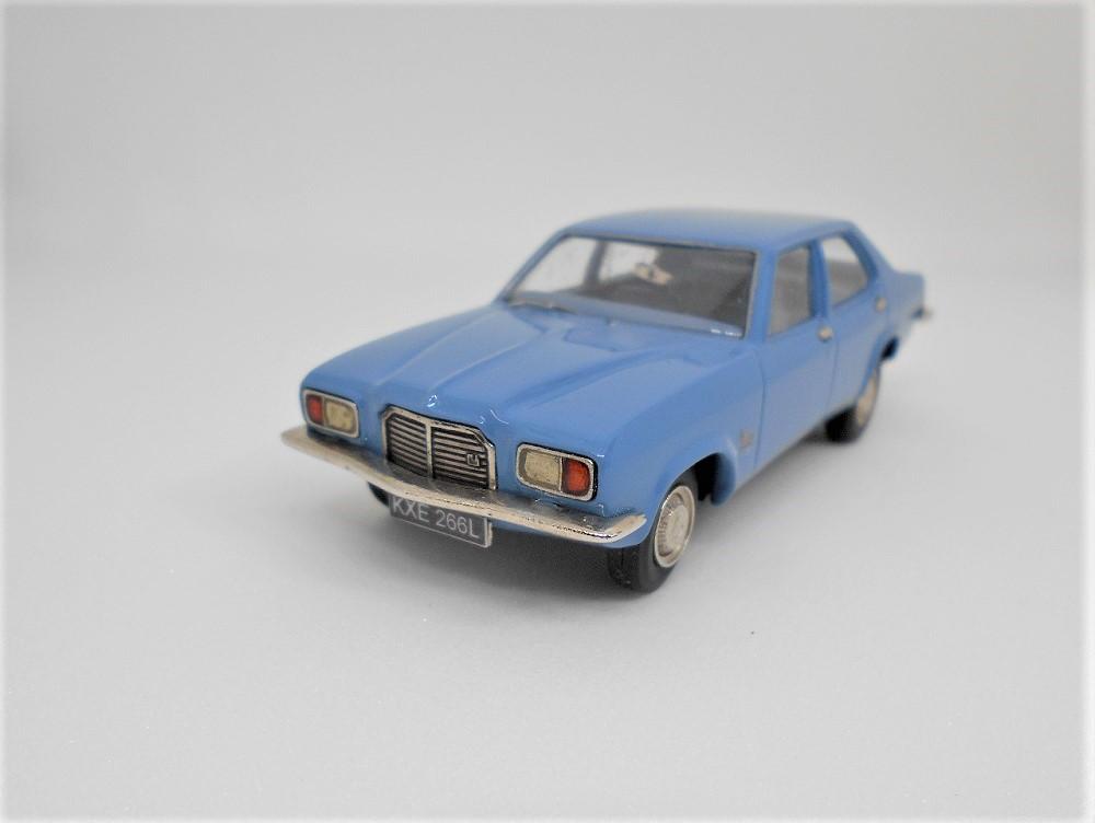 43_Vauxhall_FE_1800_a