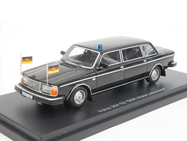 43_Volvo_264TE_Erich_Honecker_a