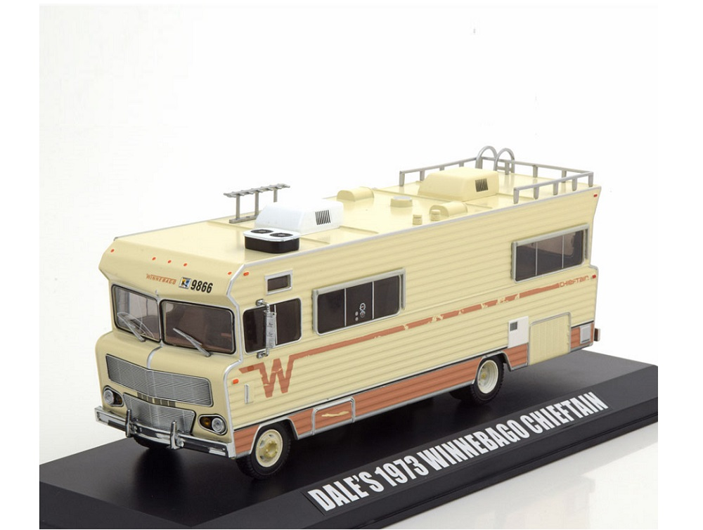 43_Winnebago_Chieftain_1973_a
