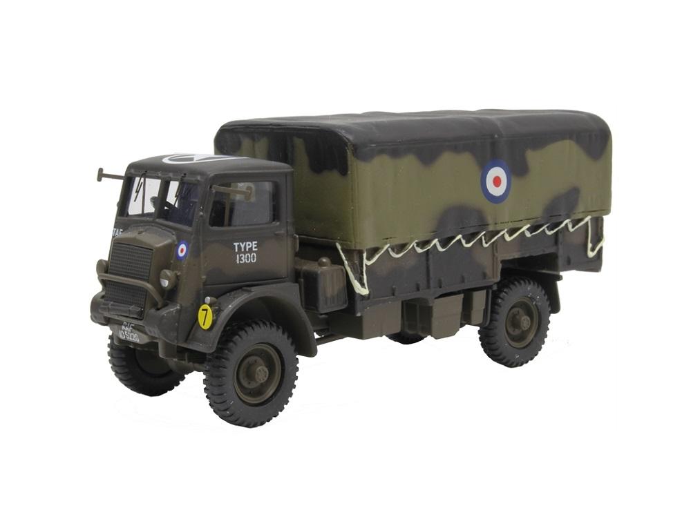 50_CC60309_Bedford_QLD_Cargo_RAF_a