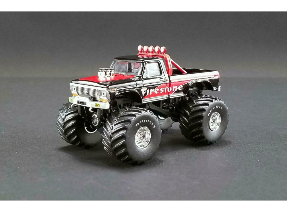64_Ford_F250_Monster_Truck_1974_a