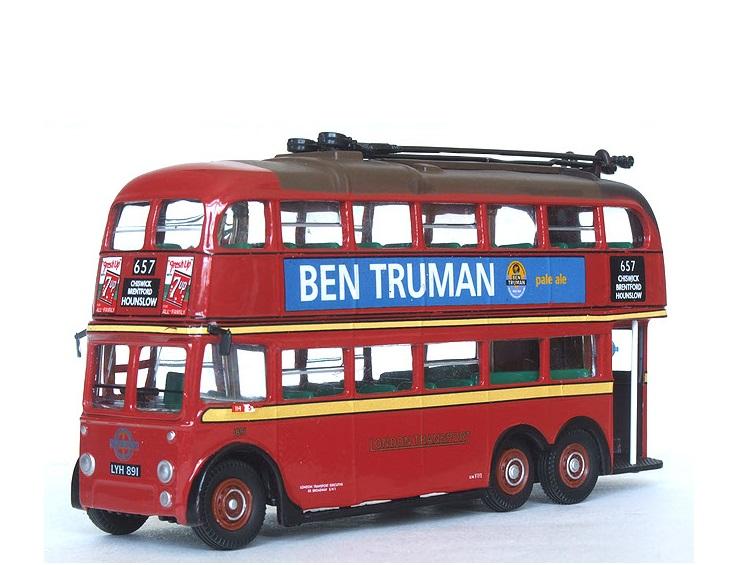 72_Atlas_3_axle_Trolley_Bus_a