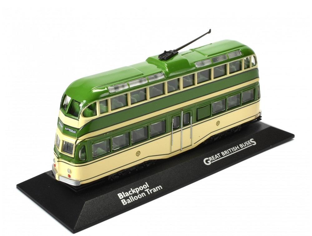 72_Blackpool_Balloon_Tram_Bus_1934_a