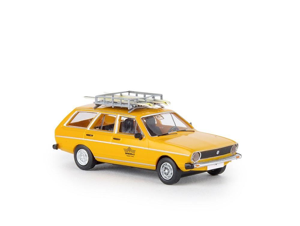 87_Brekina25611_VW_Passat_Variant_a