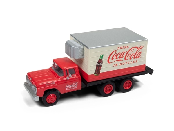 87_CMW30520_Ford_Box_Coca_Cola_a