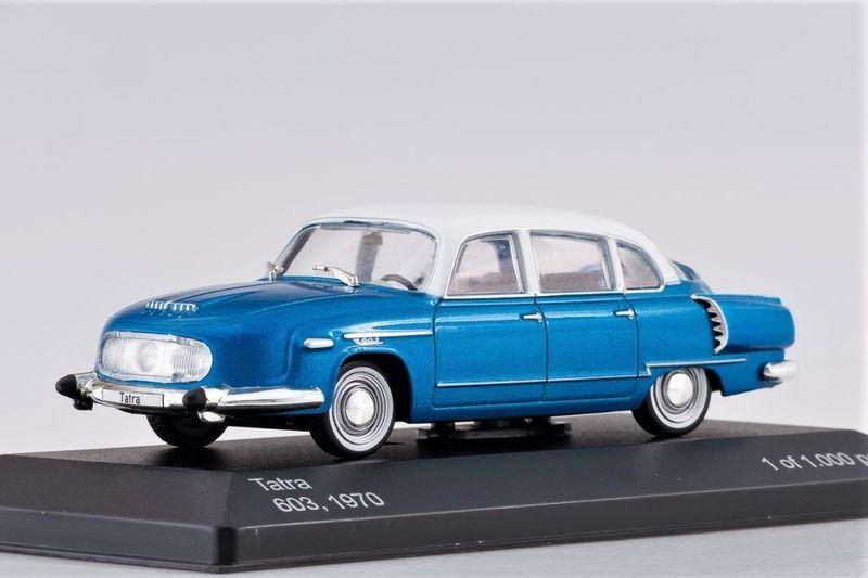 43_Tatra_603_BlueWhite_a